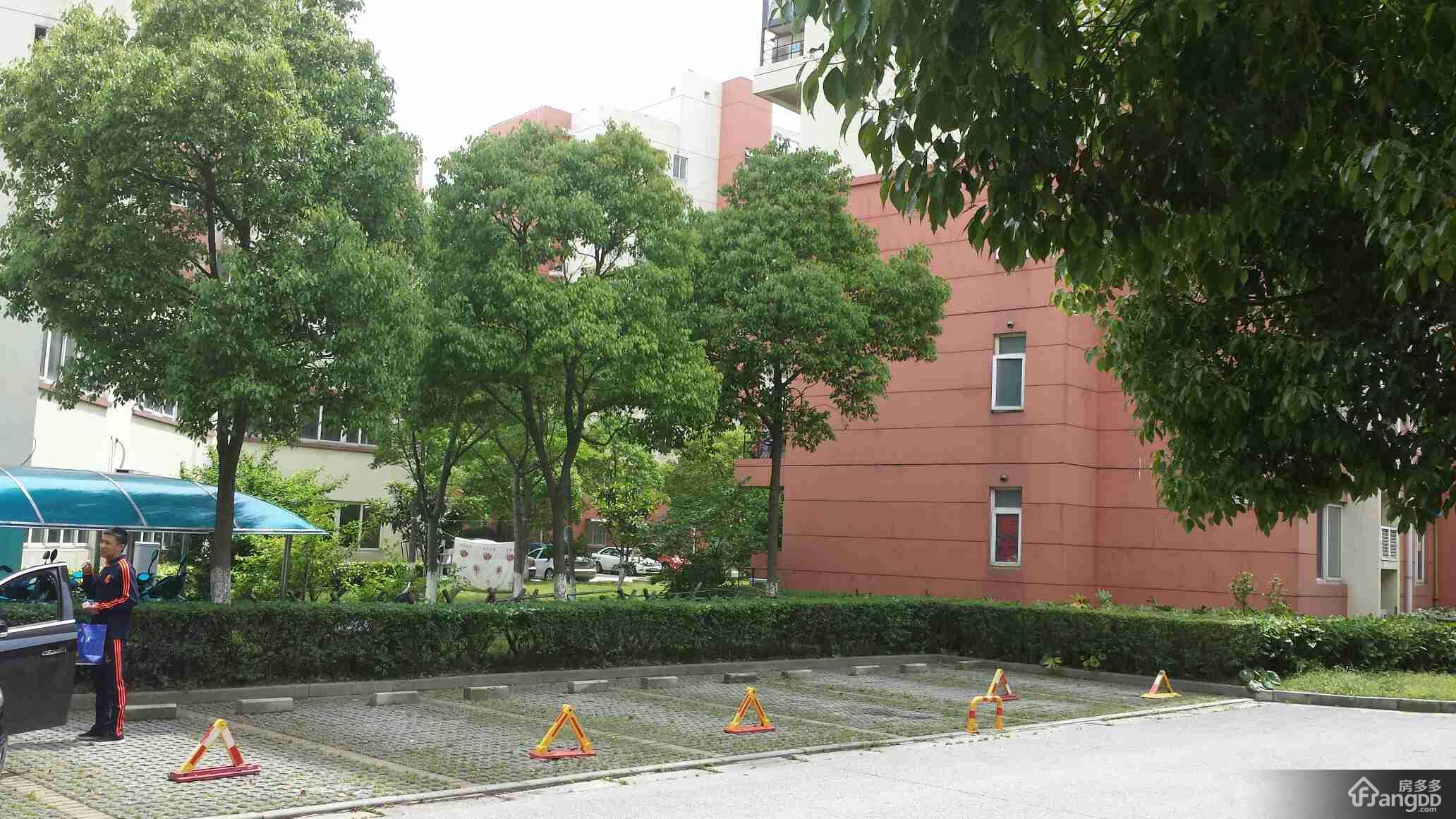 虹浦新城小区图片