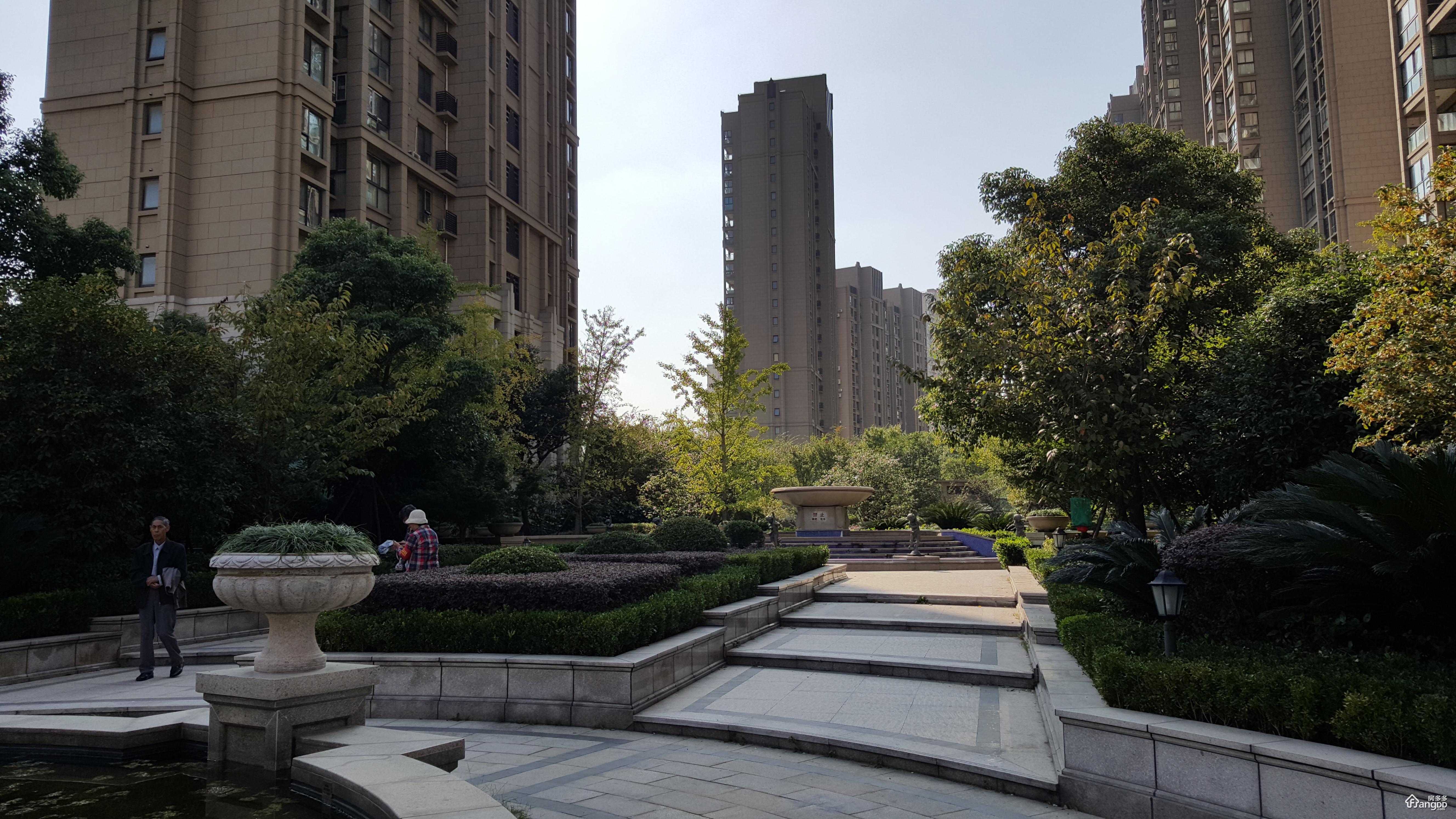 三花现代城金兰苑