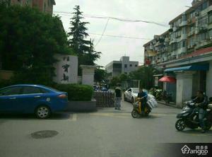 佳宝三村小区图片