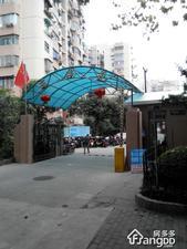 东泉苑小区图片