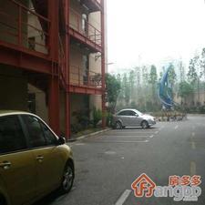 品月公寓小区图片