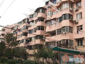 凌兆九村小区图片