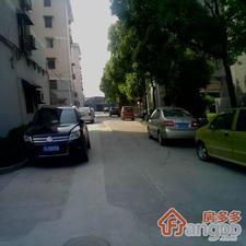东南弄村公寓小区图片