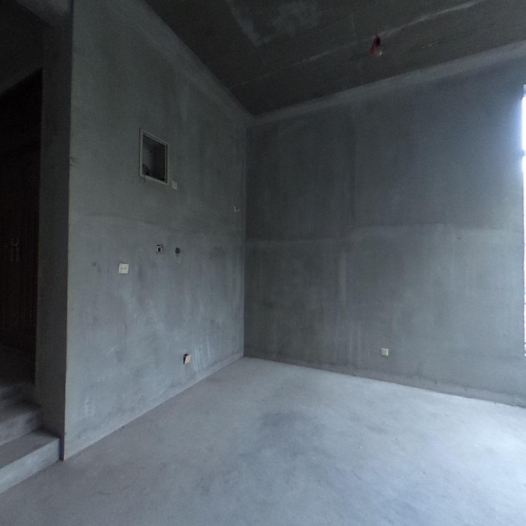 5室2厅4卫