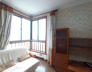 金色港湾公寓